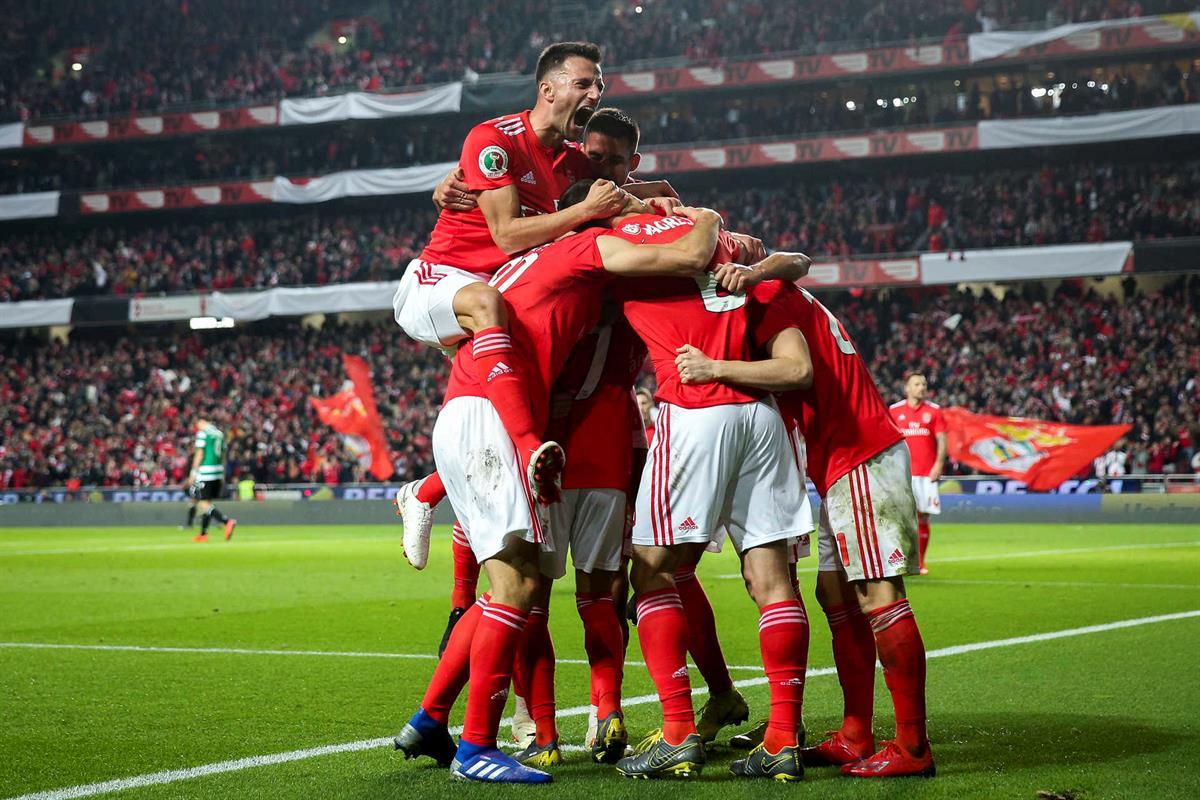 O Fura-Redes  Benfica 2-1 Sporting  Lisboa é vermelha! 4b9bc61b6f4b8