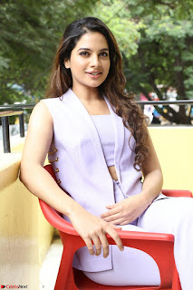 Tanya Hope in Crop top and Trousers Beautiful Pics at her Interview 13 7 2017 ~  Exclusive Celebrities Galleries 142.JPG