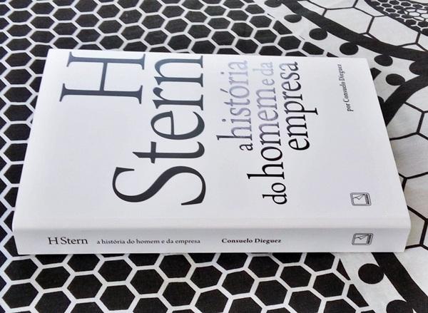 """Resenha: livro """"H Stern: a história do homem e da empresa"""", Consuelo Dieguez, Record"""