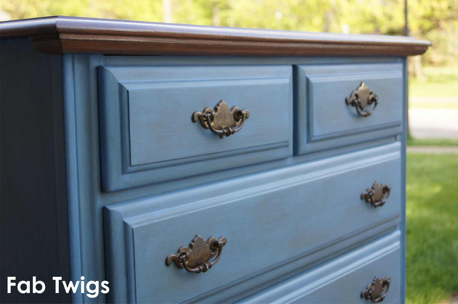 Brand new FabTwigs: Dresser Transformation - Painting Furniture with Annie  RY95