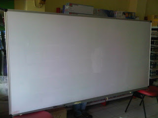 Papan Whiteboard Besar
