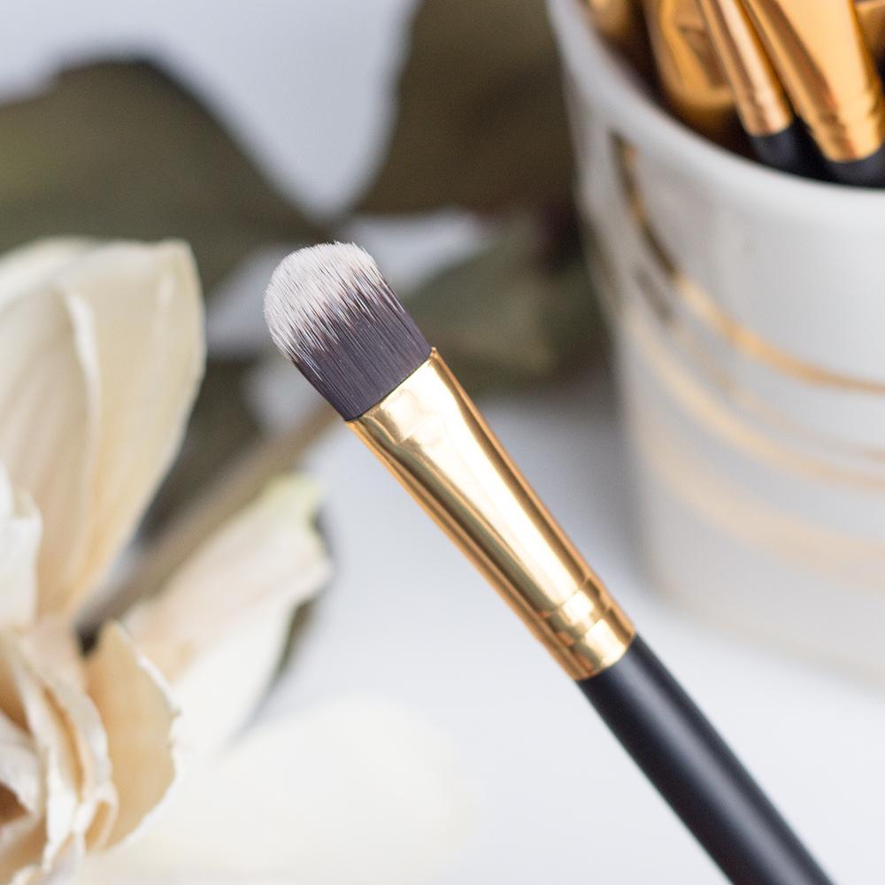 BH Cosmetics Sculpt & Blend 2 Large Shader Brush