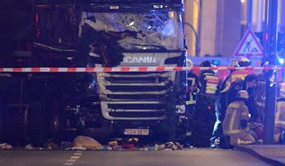 kamionos terrortámadás, Berlin, terrorcselekmény, berlini terrortámadás, teherautós terrortámadás, Breitscheidplatz