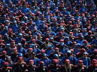 Ratusan Ribu Buruh Geruduk Istana Negara