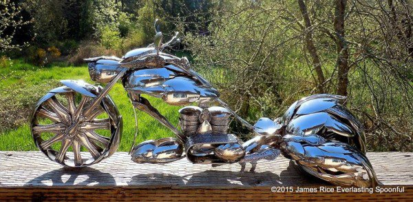 03-Jim-Rice-Chopper-Motorcycle-Sculptures-made-from-Spoons-www-designstack-co