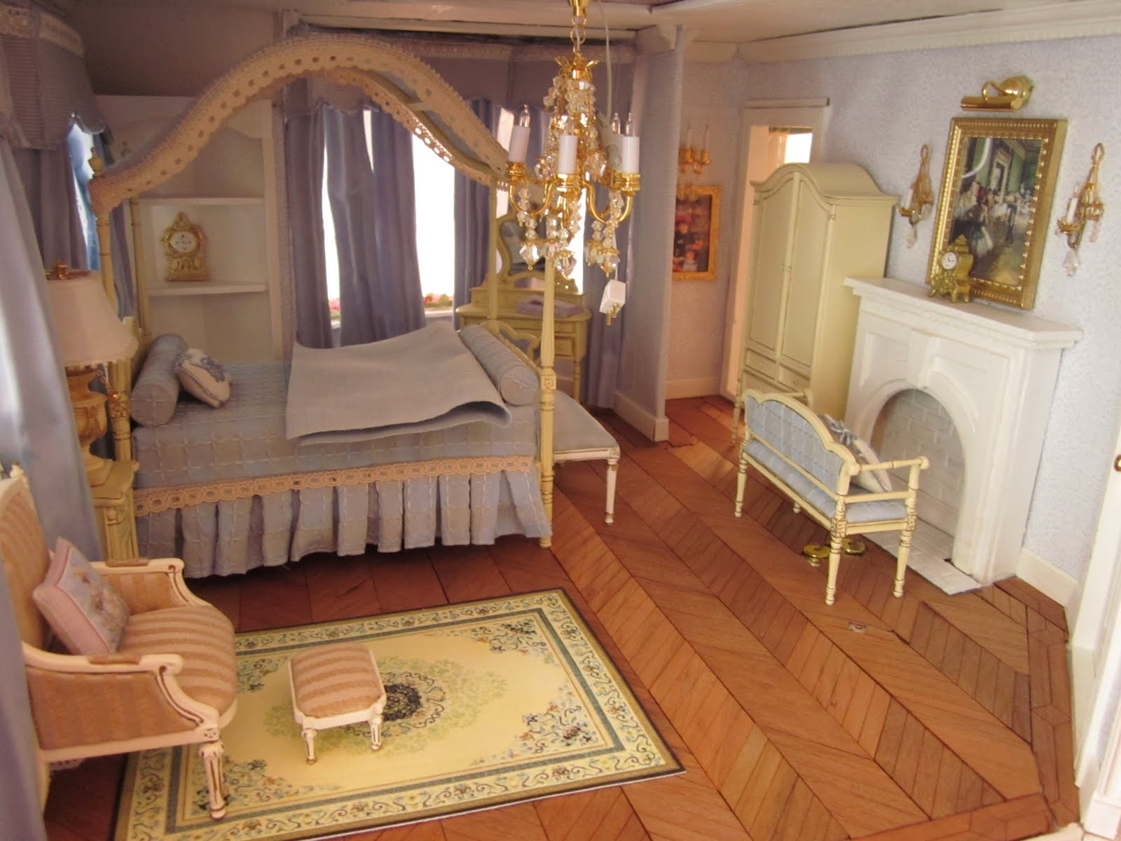 La Grande Maison The Greenleaf Garfield Dollhouse A Master Bedroom Of French Blues