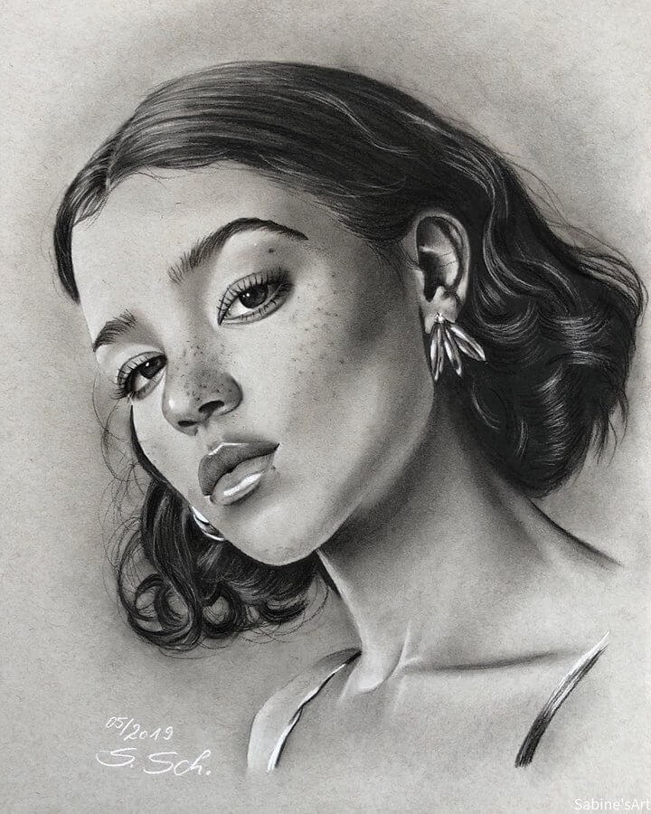05-Tashi-Rodriguez-Sabine-S-Charcoal-Portraits-Realistic-Drawings-www-designstack-co