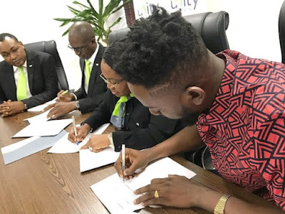Adekunle Gold signs Endorsement Deal with Unity Bank