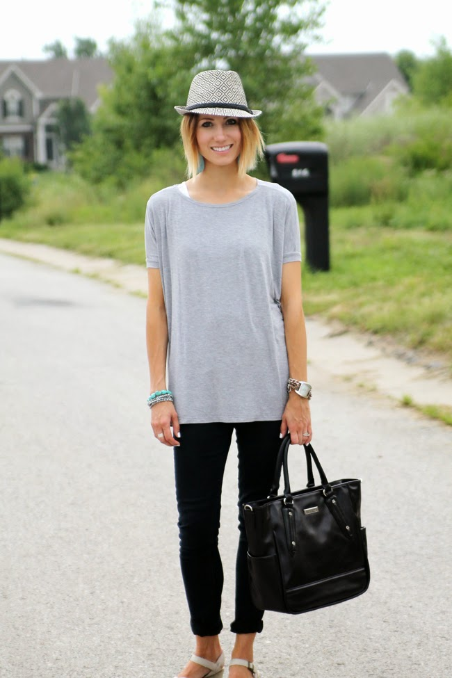 Tribal print fedora, gray tee, black skinnies and cream platform sandals