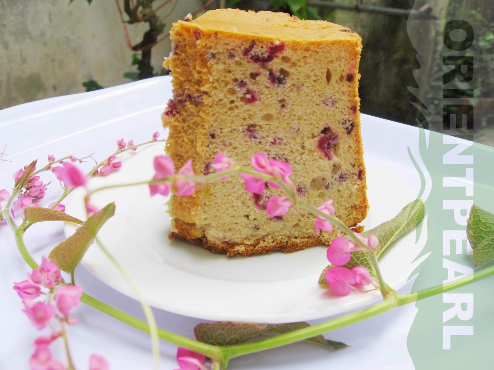 Cách làm bánh bông lan đơn giản cùng Hibiscus