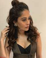 Nushrat Bharucha New Bollywood sensation from Sonu Ke u Ki Sweety Exclusive Unseen Pics ~  Exclusive Gallery 041.jpg