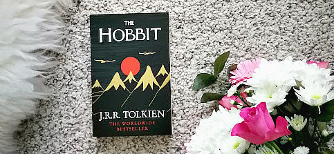 [Anzeige/Rezension] The Hobbit - J R R Tolkien