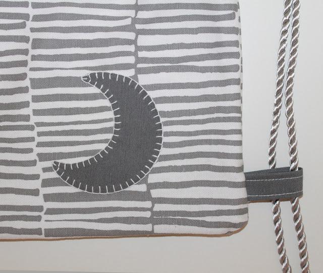 mochila personalizada gris luna