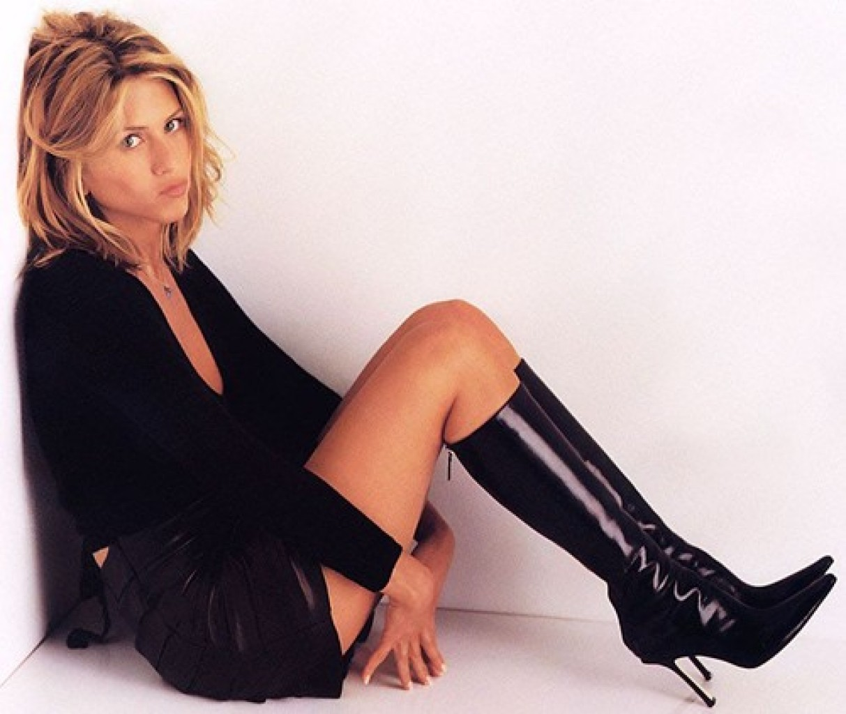 Boot Nation Celebrity Boot Month Blonds Jennifer Aniston