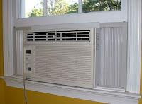 """""""Mantenimiento a un aire acondicionado de ventana"""""""