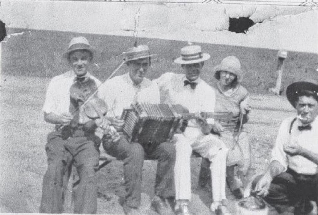 Early Cajun Music   Black Bayou One Step    Anatole Credure Sidney Granger  Anatole Credeur  Tieho Young  Ada Gauxtreaux Credure  Levy  Credure