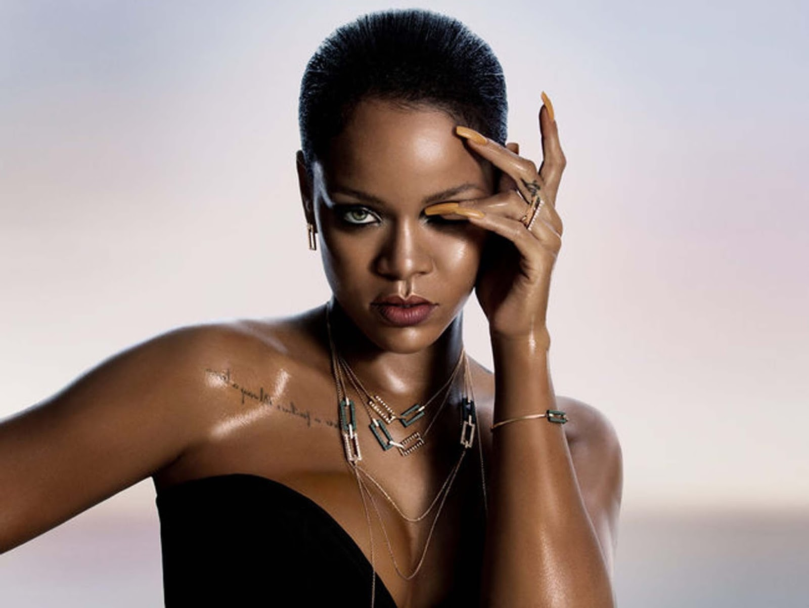 Novità moda aprile 2017 - Rihanna for Chopard - Eniwhere Fashion