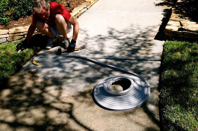 Bibbi S Home Installing Trim A Slab In The Driveway And