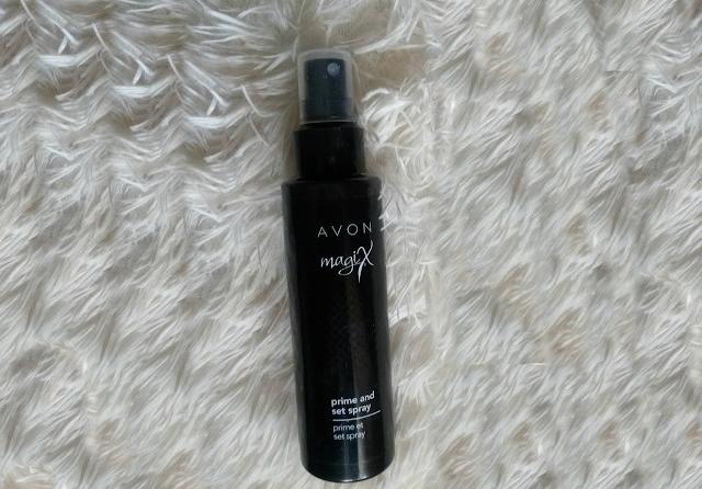 avon magix sprej za postojanost šminke, prime and set spray, dugotrajnost šminke, puder koji traje, šminka traje satima