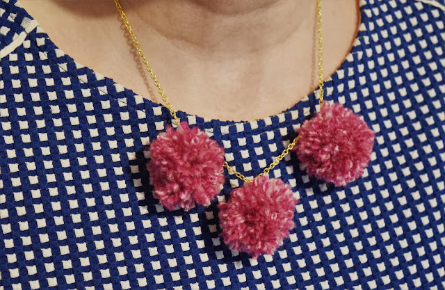 DIY Pompom Necklace