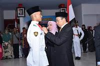 <b>Jelang Ulang Tahun Ke-73 RI, TGB Kukuhkan Anggota Paskibraka Provinsi NTB</b>