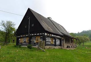 Zabytkowy dom w Wieściszowicach.