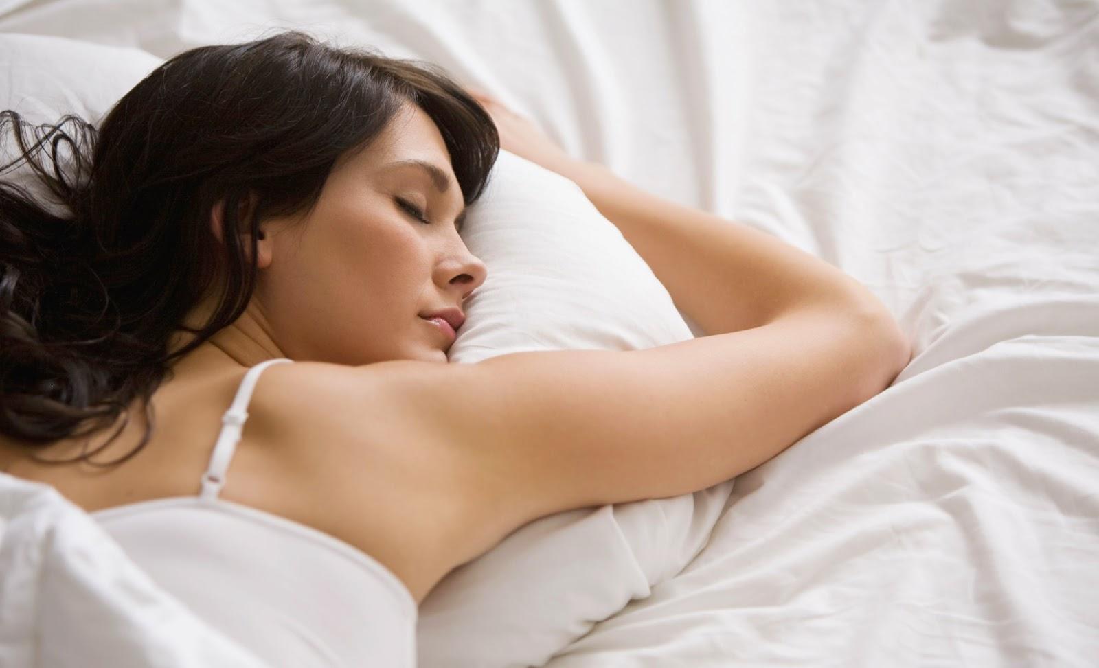 Dampak Bahaya Tidur Dengan Lampu Menyala
