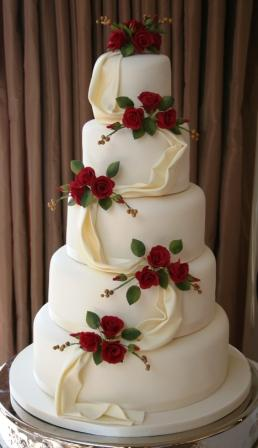 Cake Place  5 Tier White Wedding Cake with Red Roses 5 Tier White Wedding Cake with Red Roses