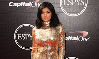Sexy Kylie Jenner flirts with Tristan Thompson