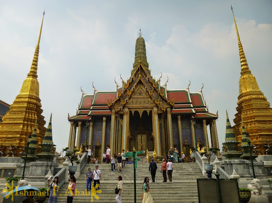 Temple of the Emerald Buddha in Bangkok Grand Palace