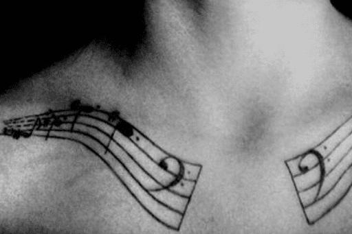 Equipe De Música Da Clavícula Tatuagem