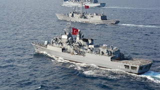 Τουρκικά πολεμικά πλοία απέναντι από τα Ίμια για την άσκηση Efes