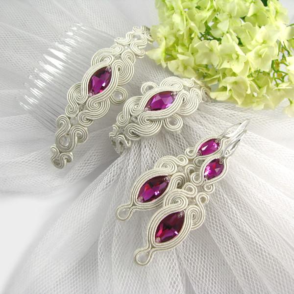 Komplet ślubny sutasz ivory z fuksjowymi kryształami.