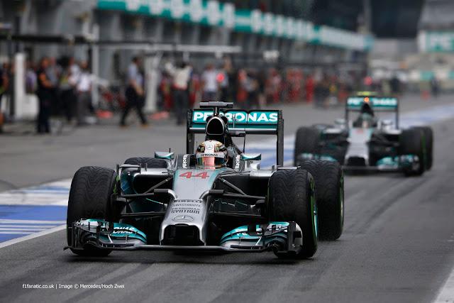 Latihan Bebas 2 GP F1 Sepang Malaysia : Hamilton Kalahkan Rosberg