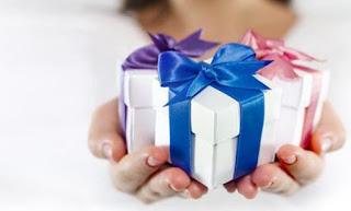 6 Hadiah Terbaik yang Paling Populer Untuk Wanita