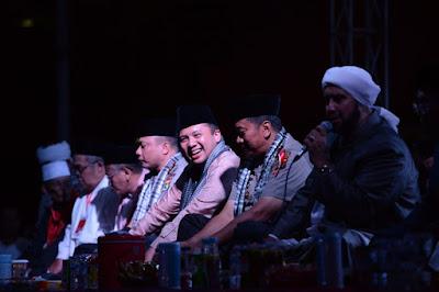 Gubernur Lampung M.Ridho Ficardo Bersholawat Bersama Puluhan Ribu Masyarakat Lampung