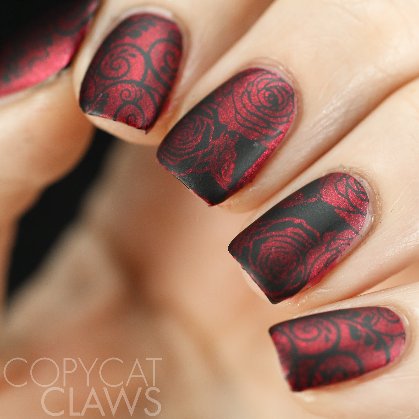 Red and black nail ideas!