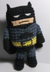 http://patronesamigurumis.blogspot.com.es/2013/02/patron-batman.html