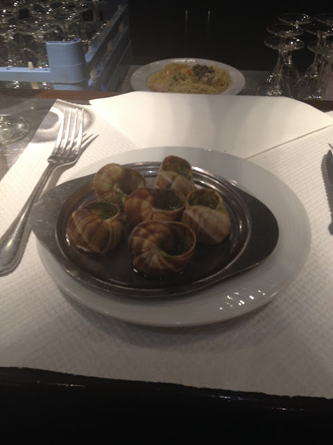 Cina Escargot la Chez Eduard in Paris