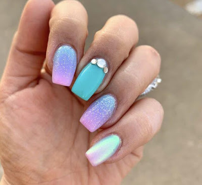 27+ Amazing Mermaid Inspired Nails Tutorial To Try On The Beach