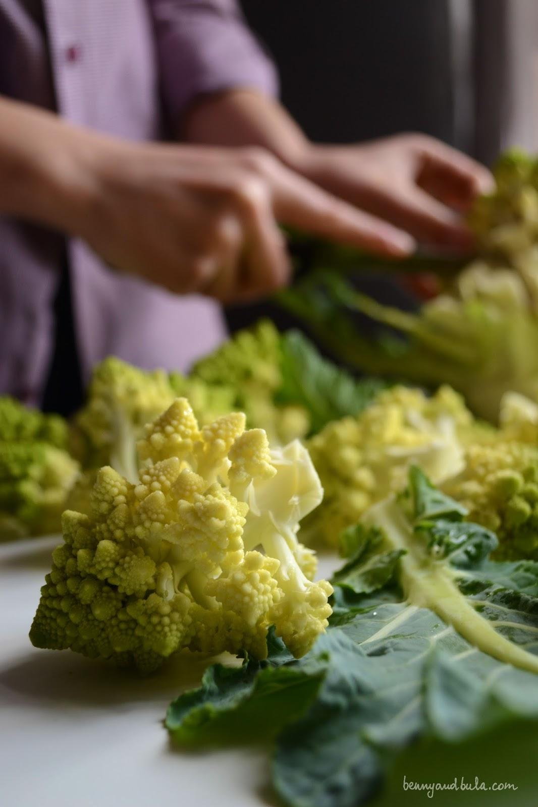 ricetta orecchiette broccolo romanesco e vongole/ roman broccolo and clams pasta recipe