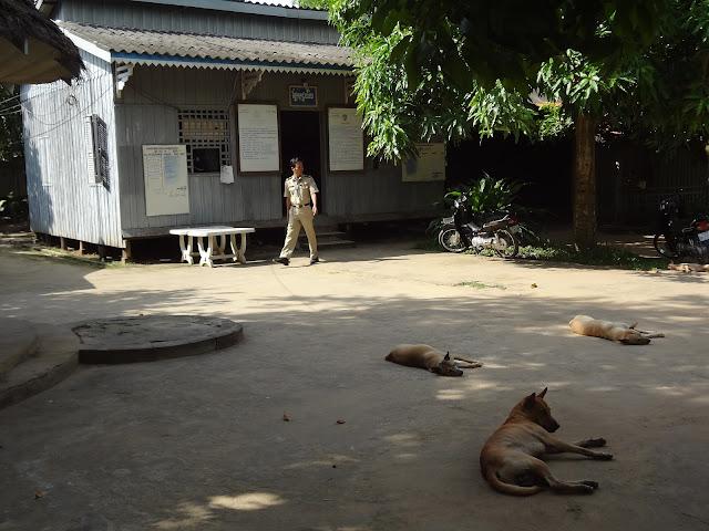 Puesto fronterizo de Camboya en el rio Mekong