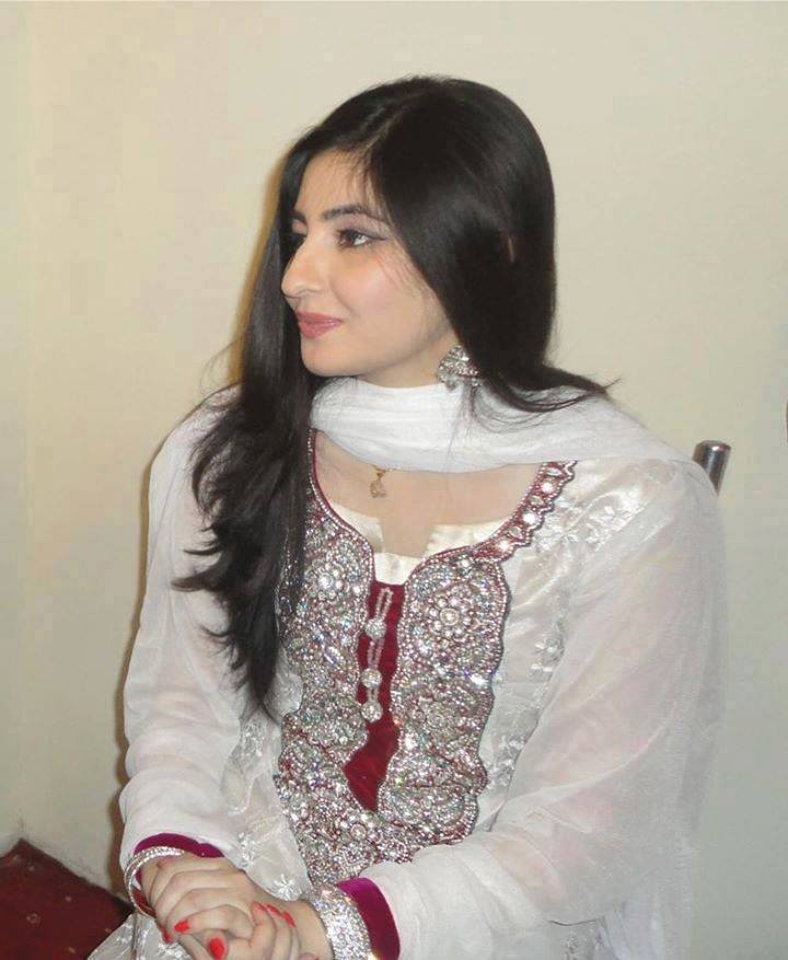 All Pashto Showbiz: The Best Pashto Singer Gul Panra HD