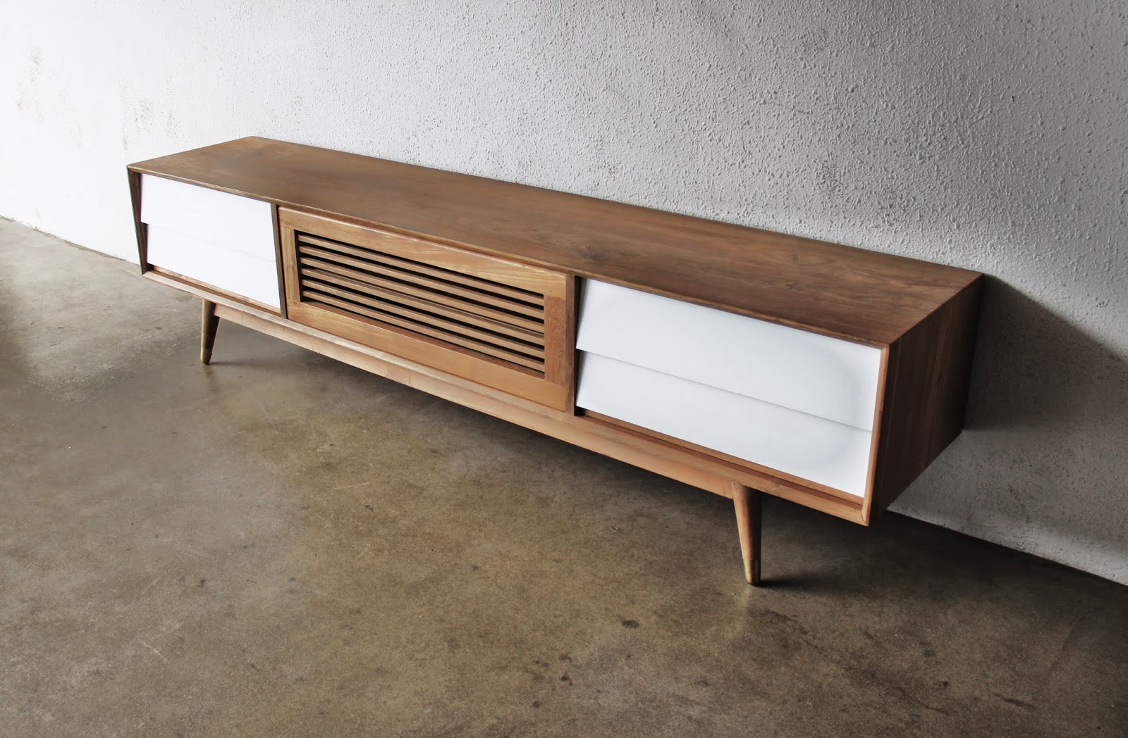 SECOND CHARM FURNITURE - MID CENTURY MODERN INFLUENCE ...