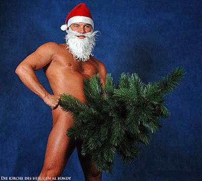 Weihnachtsmann mit Muskeln und Weihnachtsbaum lustig