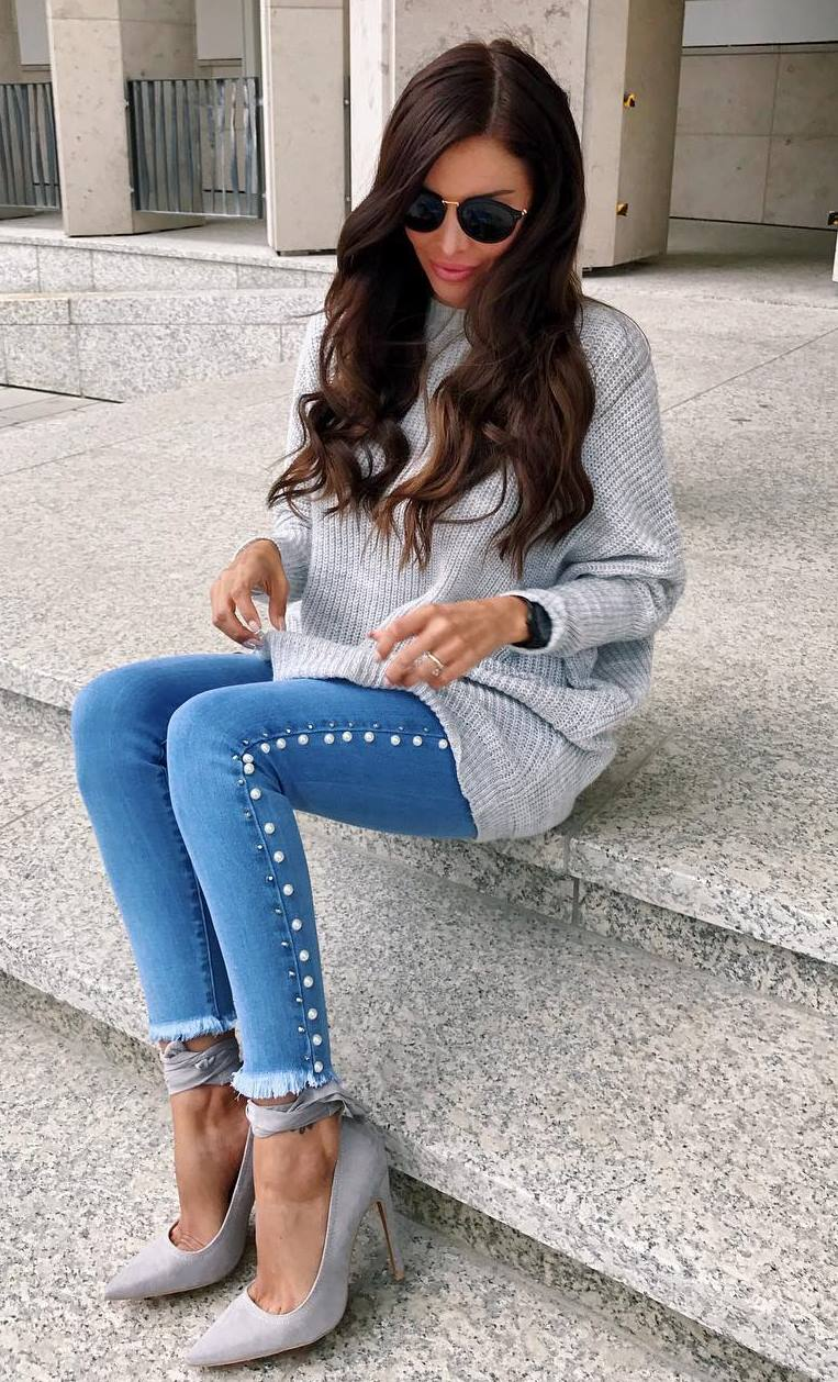 how to style a grey knit sweater : skinny jeans and heels
