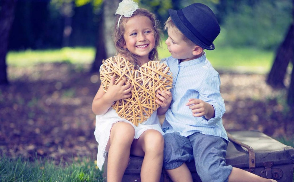 Cute Baby Couple Hd Wallpapers With Quotes Wallpaperworld1st Com