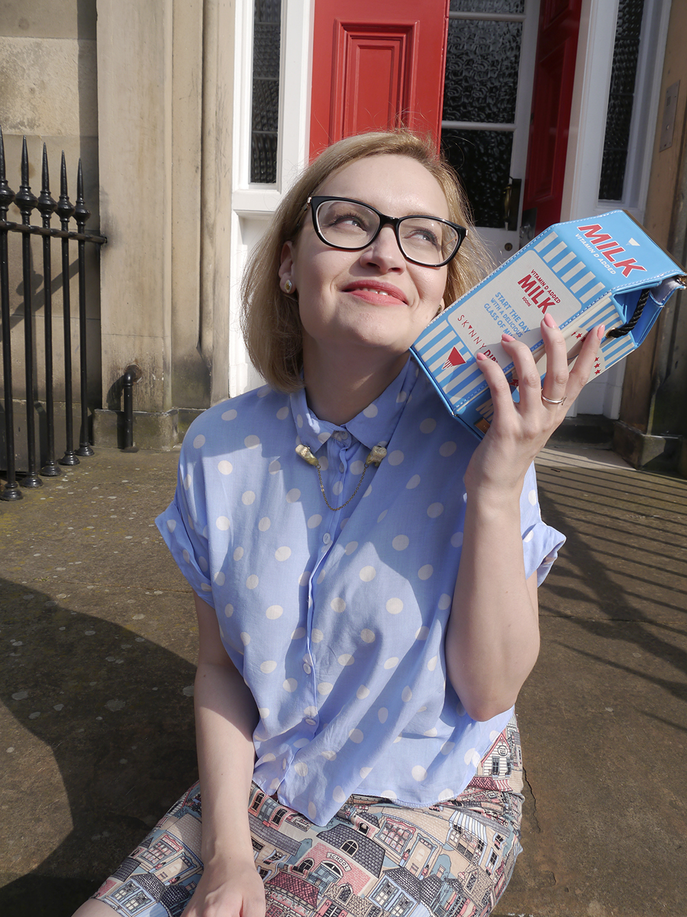 Scottish blogger, Edinburgh blogger, Scottish street style, quirky street style, dressing to a theme, food inspired outfit, pale girl style, girl enjoying milk, noveltymilk bag