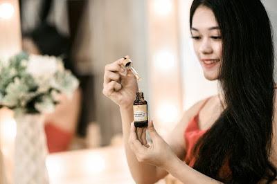 manfaat minyak zaitun, minyak zaitun, kegunaan minyak zaitun, minyak zaitun untuk wajah, minyak zaitun asli, minyak zaitun untuk rambut, minyak zaitun mustika ratu, minyak zaitun untuk jerawat,