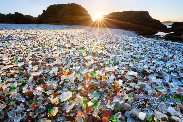 Glass Beach di California